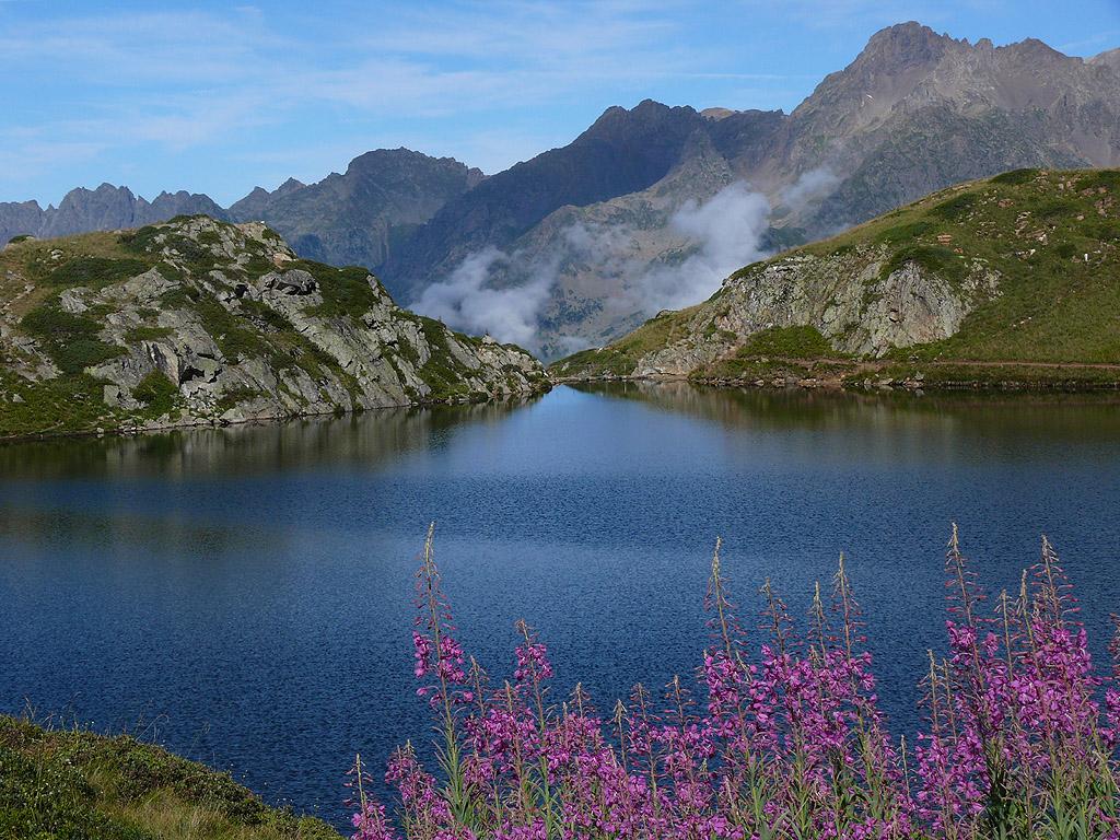 La ronde des lacs l 39 alpe d 39 huez lac besson lac noir - Office du tourisme de l alpes d huez ...